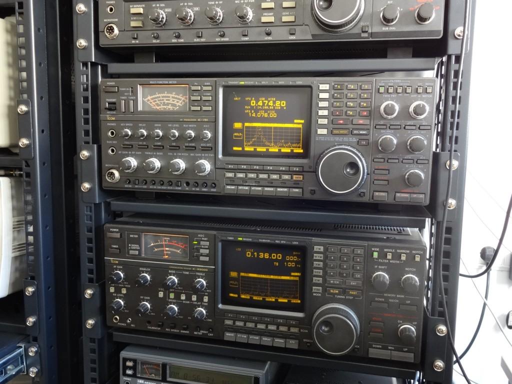 Icom IC-R9000 and IC-781 used